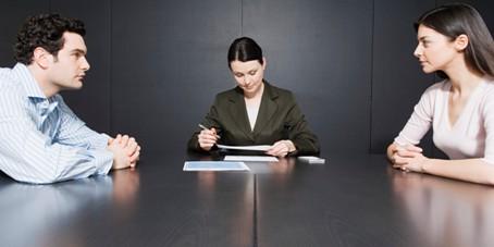 use same lawyer to divorce
